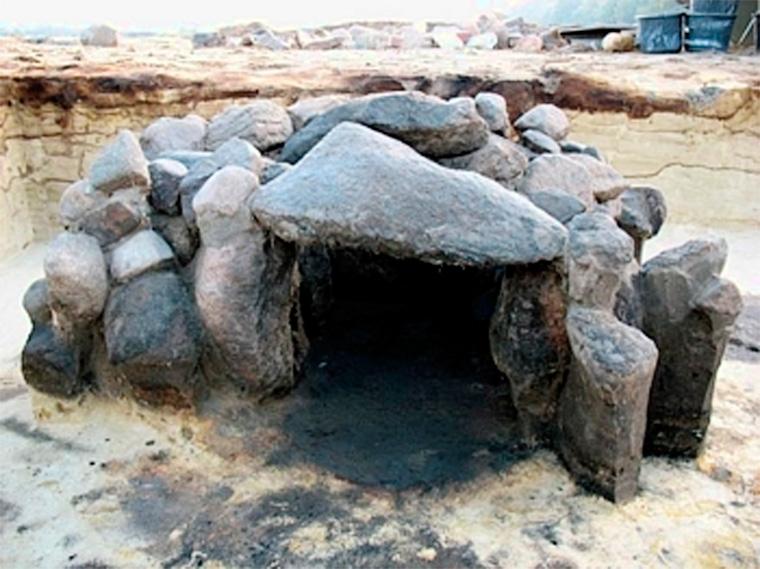 Mittelalterlicher Steinofen aus einem Grubenhaus in Visbek